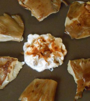 Pleurotus mushrooms stuffed with cream cheese